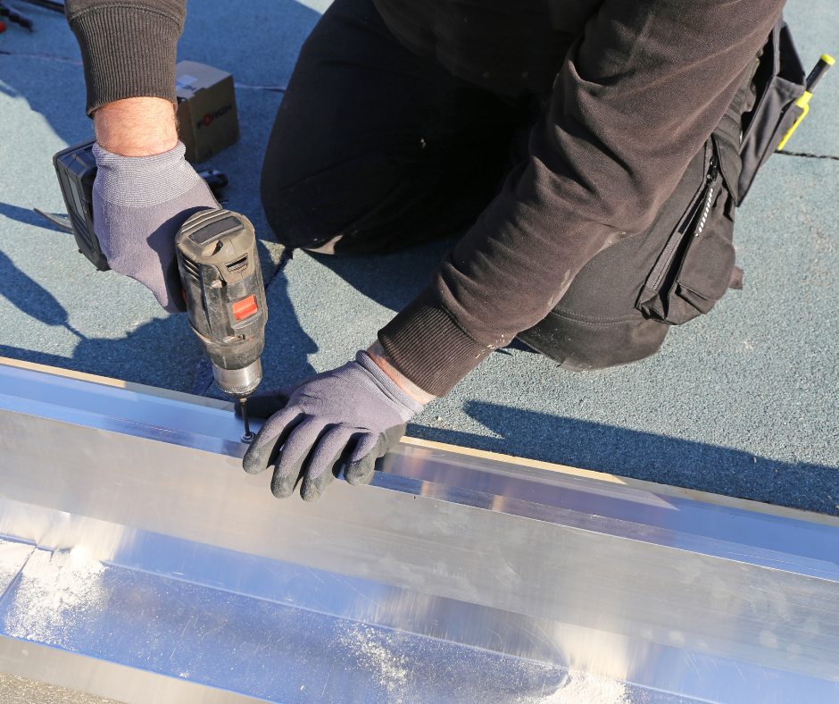 Synergy roof plumbing services cover areas such as gutters and downpipes, stormwater drains, roof maintenance, plumbing rainwater tanks, box gutters and downpipes.
